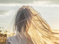 BIAŁA Suknia ślubna AGORA 2016, model 16-44 (z kryształkami Swarovskiego) + GRATISy