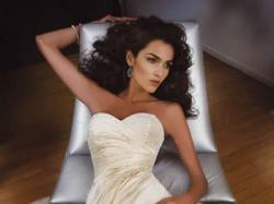 biała suknia ślubna demetrios 914