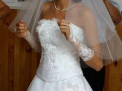 biala suknia slubna dwuczęściowa