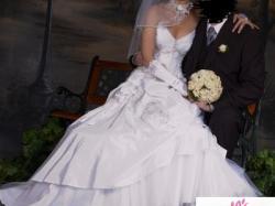 Biała suknia ślubna Farage GALAXY + dodatki