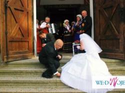 Biala suknia ślubna. Szyta na zamówienie