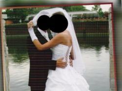 biała suknia slubna wyszywana kamieniami Swarovskiego z podpinanym trenem+dodatk