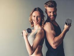 Białko to niezbędny składnik, jeśli chcesz zadbać i zwiększyć masę mięśniową! Ile powinnaś go jeść?