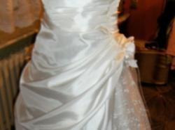 bisła suknia + bolerko + welon + halka na kole