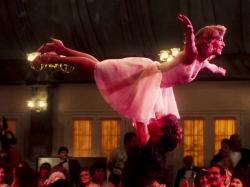 """Błędy, wpadki i inne ciekawostki, czyli co twórcy """"Dirty Dancing"""" chcieliby ukryć, a i tak wyszło na jaw"""