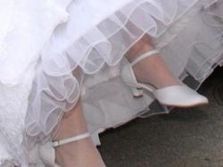 Buty ślubne firmy Ryłko - białe, skórzane, rozm. 40., obcas 3cm.