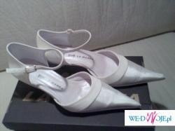 Buty ślubne La Marka idealnie pasujące do sukni Lorna Pronovias