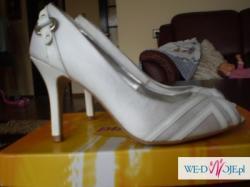 Buty ślubne rozm 37 z białej satyny