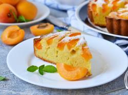 Ciasto drożdżowe z morelami