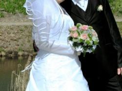 Ciężarna Suknia Ślubna z KOLEKCJI LETNIEJ 2010