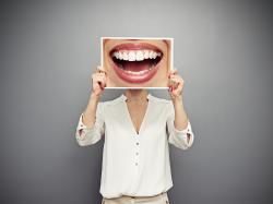 Co może wywołać stan zapalny w jamie ustnej?