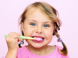 Co robić, gdy dziecko zgrzyta zębami?