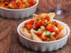 Conchiglie z pomidorami