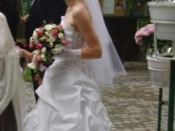 Cudna suknia ślubna + bolerko