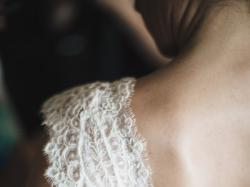 Cudowna koronkowa suknia ślubna Nabla - model Savannah, r. 36