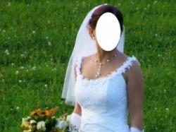 Czadowa suknia ślubna z dodatkami