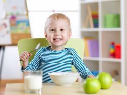 Czy potrafisz skomponować prawidłowo zbilansowany posiłek dla dziecka? – quiz