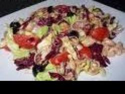Czy wiesz jak przygotować sałatkę z bakłażanów i fasoli?