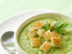 Czy wiesz jak ugotować chłodnik z sałaty i szpinaku?