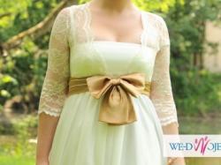 Delikatną, ciążowa suknia ślubna
