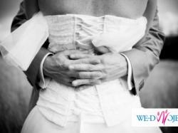 Delikatna i zwiewna suknia ślubna
