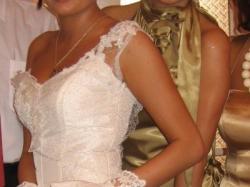 Delikatna, koronkowa, ecru suknia ślubna!