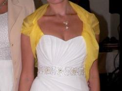 delikatna suknia ślubna + gratis
