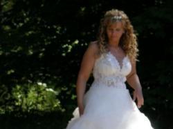 delikatna suknia Urszuli Mateja 42 1500 do uzgodnienia