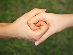 Dlaczego stajemy się altruistami?