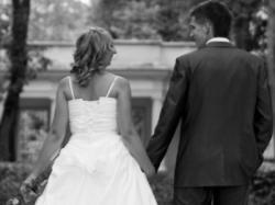Do sprzedania atrakcyjna i bardzo oryginalna suknia ślubna