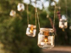 Domowe DIY: Jak zrobić świeczkę?