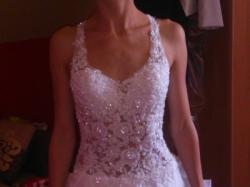 Dwuczęściowa pomysłowa suknia ślubna