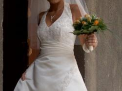 Efektowna suknia ślubna