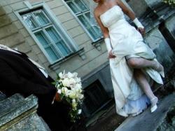 Efektowna suknia ślubna na wysoką kobietę r.42/44