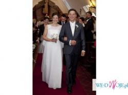 Elegancka i zjawiskowa suknia ślubna