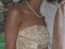 Elegancka i zmysłowa suknia wieczorowa