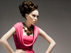 Elegancka, oryginalna suknia (Hexeline)