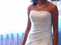 Elegancka suknia ślubna + GRATISY