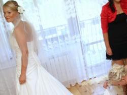 elegancka suknia slubna - madonna