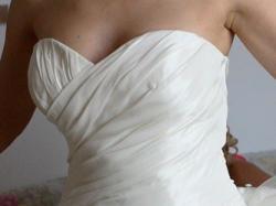 Elegancka suknia w kolorze ecru z kolekcji Sweetheart 5830, rozmiar 38/40
