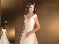 Genio-niepowtarzalna suknia ślubna firmy La Sposa