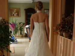 Herm's Koronkowa suknia ślubna