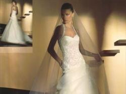 Hiszpańska suknia ślubna San Patrick Bsque