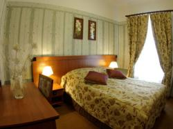 Hotel Majewski, Alfa Club