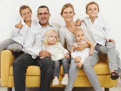 Ile naprawdę kosztuje wychowanie dziecka? Zdradza matka czwórki - Krystyna Mirek