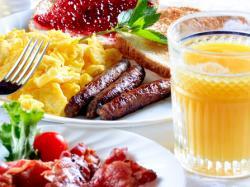 Jakie witaminy i składniki mineralne są niezbędne w diecie seniora?
