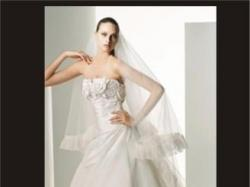 Jedwabna, bajkowa suknia Scarlet od Manuela Moty (Pronovias)