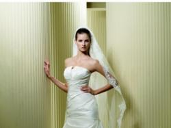 Jedwabna, klasyczna suknia ślubna La Sposa FARO 09 kupiona w warszawkim salonie