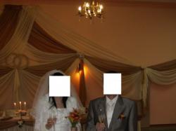 Jedwabna suknia ślubna z kamieniami swarowskiego