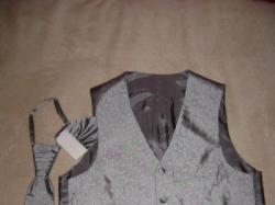 Kamizelka i musznik do garnituru ślubnego